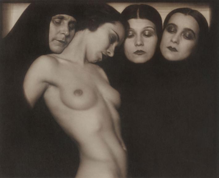 Rudolf Koppitz Composition 1928 Coll.privée © Photoinstitut Bonartes, Wien