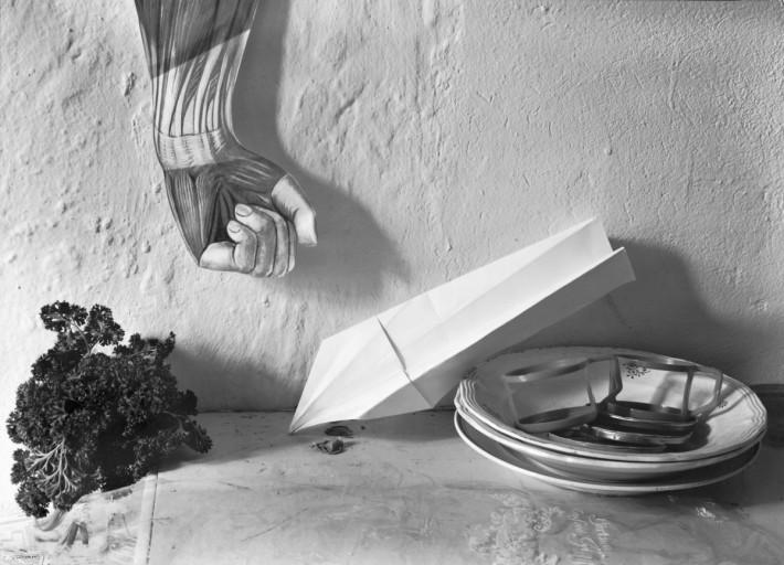 Teller mit Flugzeug, Manfred Paul, série Stilleben, 1985