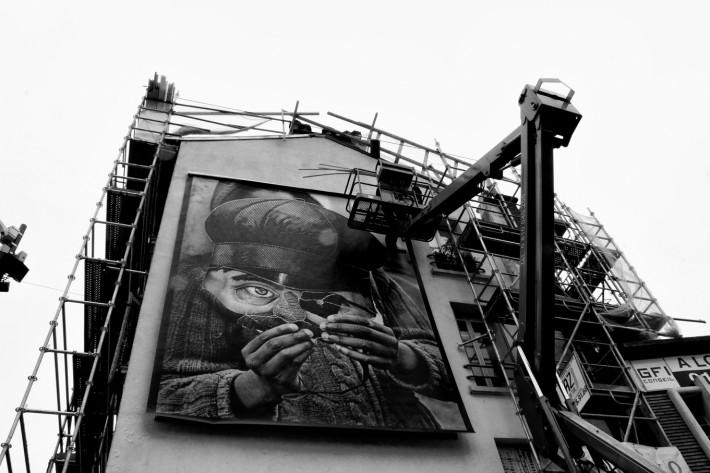 Benloÿ, Portrait de l'enfant caché. Tirage argentique sur papier baryté 40/50, pellicule argentique noir/blanc photographiée au Leica M6, 2015 © Benloÿ 2015, www.benloy-photographe.com